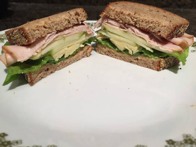 sandwich // Applewood Smoked Turkey, Cheddar, and Green Apple Sandwich ...
