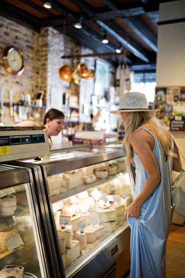 charleston food travel blogger