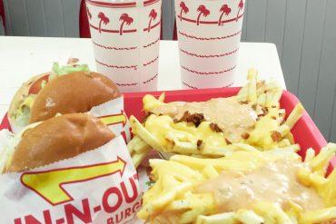 in-n-out shake shack hamburger showdown vegas fast food restaurant travel blogger
