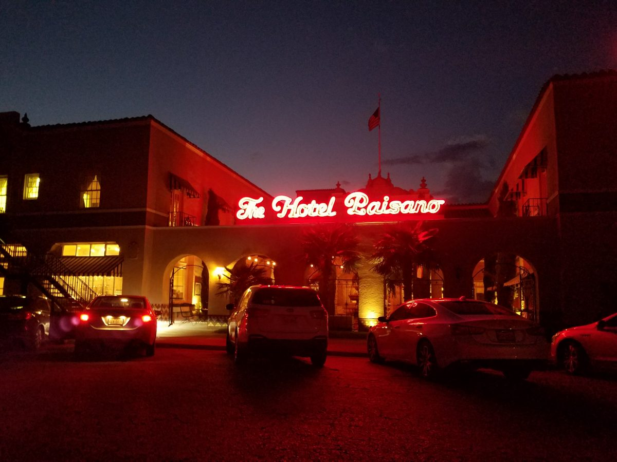 Hotel Paisano Is A Historic In Marfa Texas Which Was The Filming Headquarters