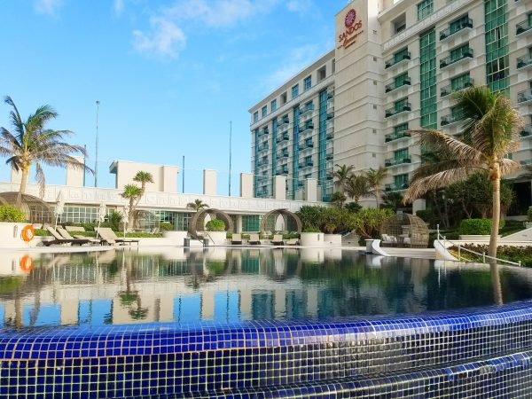 Sandos Cancun Lifestyle Resort Has About 200 Rooms And Is Very Intimate For S Friends