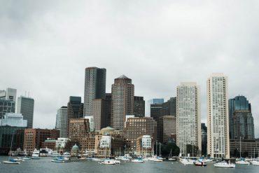 city guide to Boston travel blogger
