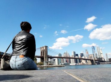 Explore New York City as a solo female traveler with our amazing guide.