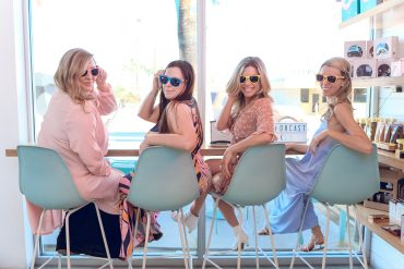 what to wear in Palm Springs rainbow outfits travel blogger