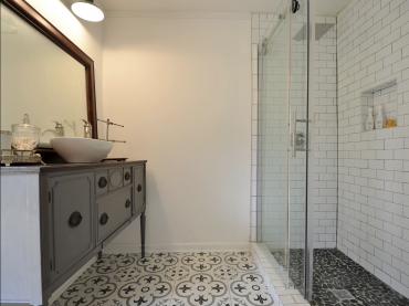 flip or flop atlanta marietta house for sale bathroom remodel
